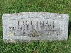 Elizabeth J Troutman