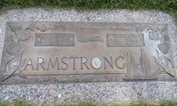 Beth <i>Holmes</i> Armstrong