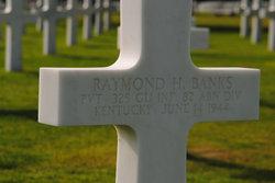 Pvt Raymond H Banks