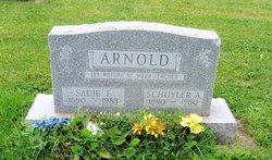 Sadie E <i>O'Neal</i> Arnold