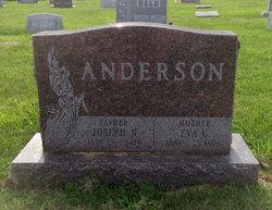 Eva Anderson