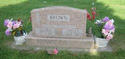 Vilas Claret Brown
