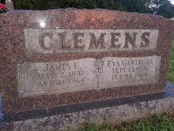 Eva Gertrude <i>Yates</i> Clemens