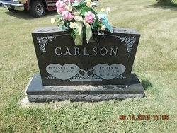 Evelyn M. <i>Carls</i> Carlson