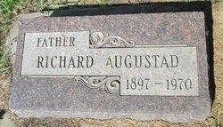 Richard Augustad