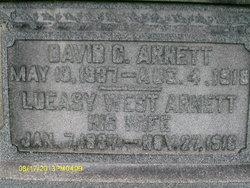Lueasy West Arnett