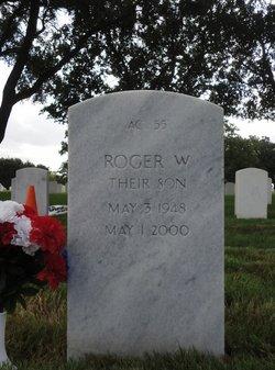 Roger Wayne Hansmann