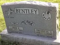 Trevette L. <i>VanTassel</i> Bentley