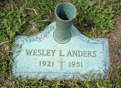 Wesley L Anders, Sr