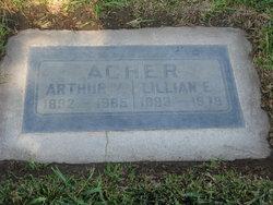 Lillian Archer