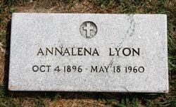 Annalena <i>Petersen</i> Lyon