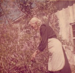 Hilda E <i>Mowry</i> Jones