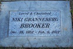 Niki Erlin <i>Granneberg</i> Brooker