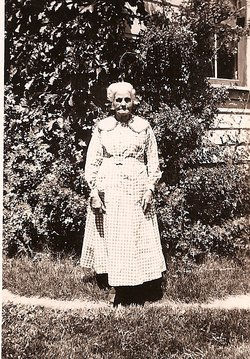 Margaret E <i>Ranck</i> Hixson