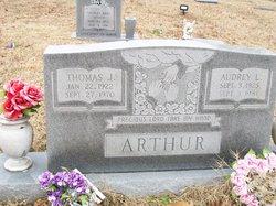 Audry <i>Lemons</i> Arthur