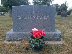 Clara <i>Kohn</i> Steffenhagen