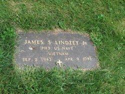James S Lindzey, Jr
