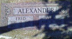 L Alvera <i>Zimmermann</i> Alexander