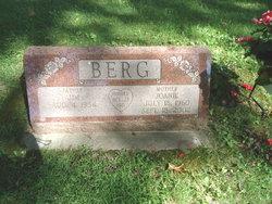 Joan M. <i>Neville</i> Berg