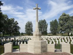 Rue-du-Bois Military Cemetery, Fleurbaix