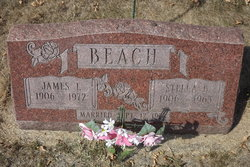 Stella Belle <i>Cole</i> Beach