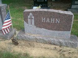 Anna Mary <i>Walter</i> Hahn