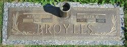 Ruth Marie <i>Copp</i> Broyles