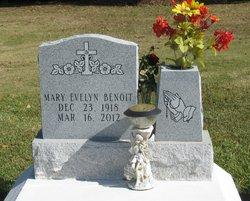 Mary Evelyn <i>Hollier</i> Benoit