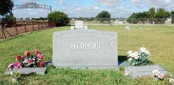 Edna Etoile <i>Beard</i> Steglich