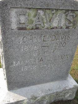 John E Davis
