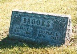 Laura Ellen <i>Farley</i> Brooks