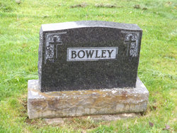 Doris Mary <i>Bowley</i> Hissom