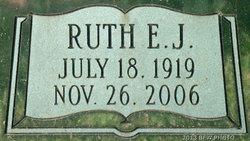Ruth E J <i>Metschke</i> Beck