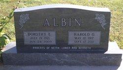 Dorothy E <i>Birt</i> Albin