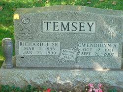 Gwendolyn <i>Flory</i> Temsey