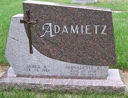 Bernadette Adamietz