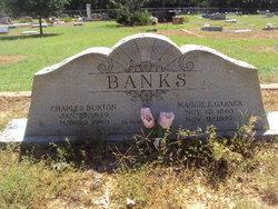 Margaret E Maggie <i>Garner</i> Banks