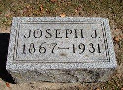 Joseph J Hennings