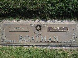 Dimple Dolly <i>Horn</i> Boatman