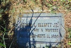 Arthur L Elliott, Jr