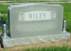 Fern <i>Thompson</i> Riley
