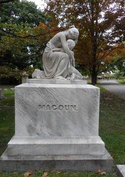 Mary <i>Bradshaw</i> Magoun