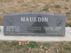 Aubrey F Mauldin