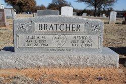 Della Mae <i>Reavis</i> Bratcher
