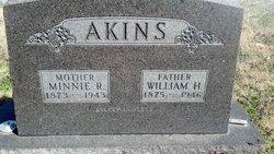 Minnie Rowena <i>Hale</i> Akins