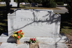 Donell <i>Thompson</i> Akers