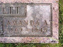 Amanda Alice <i>Debolt</i> Everett