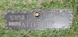 Earl R Attebury