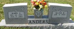 Bobby E Anders