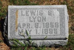 Lewis S Lyon